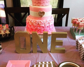 1st Birthday Gold & Pink Letters