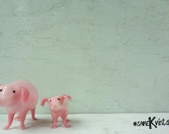 Handblown Glass Set of Tiny Pink Pigs; Mother and Baby; One-of-a-Kind; FREE SHIPPING USA