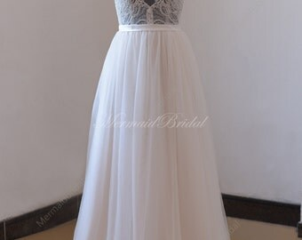 Backless Scallop neckline tulle lace wedding dress with see thru top and pale blush lining skirt