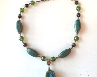 Chunky Multi Color Green and Blue Speckled Stone Necklace, Turquoise Blue and Green Necklace, Statement Necklace, Beaded