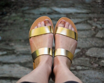 Sandals in gold, womens leather flats, handmade in Greece