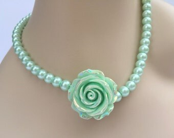 Mint Seafoam Green Necklace / Mint Bridesmaid Pearl Necklace / Mint Rose Necklace / Mint Green Wedding Jewelry / Rose Flower Necklace