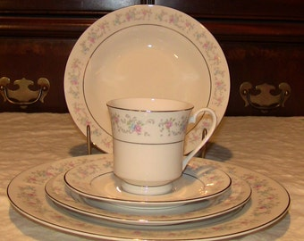 Dynasty Rapture fine china