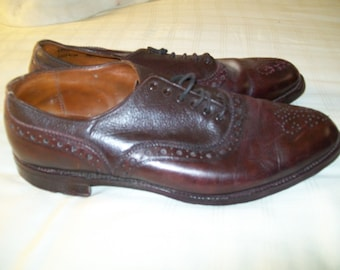 VINTAGE 40s golf shoes