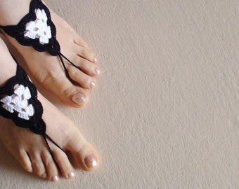 Barefoot Sandals in Black & White,Crochet Barefoot Sandals ,Greek sandals ,Foot jewelry, Victorian lace, Yoga clothing