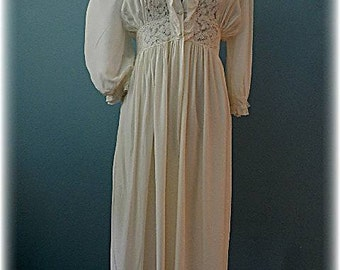 1940's Vintage Old Hollywood Bridal Peignoir Set by Country Lane