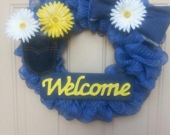 Denim daisy Welcome deco wreath
