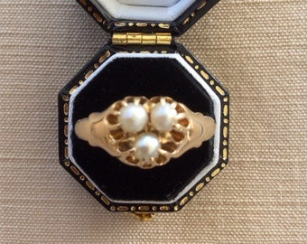 Antique English Cultured Pearl 18ct Gold Ring