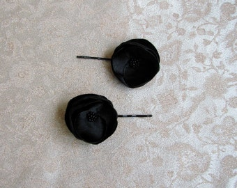 Black hair flowers Black Poppy hair pin Black poppies Barrettes Black hair pin Flower hair pin  Black satin flower Barrette flowers Girls