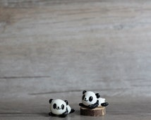 Hello Panda Miniature Figurine, Oriental Black and White Panda Totem, Mini Terrarium Decor Charm Figurine