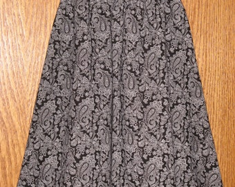 Girls' Size 4-5 Black and White Paisley Twirly Skirt, FREE SHIPPING