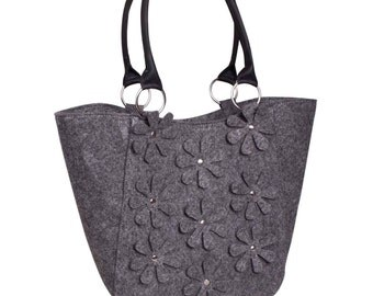 Grey felt bag Felted purse Women's felt handbag Diaper bag Felted messenger bag Flower bag Overnight bag Everyday bag Eco friendly bag