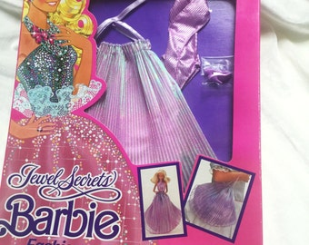 Vintage mint in box 1986 Island Jewel Secrets Barbie fashion, lilac shimmer #1860, turns into a purse