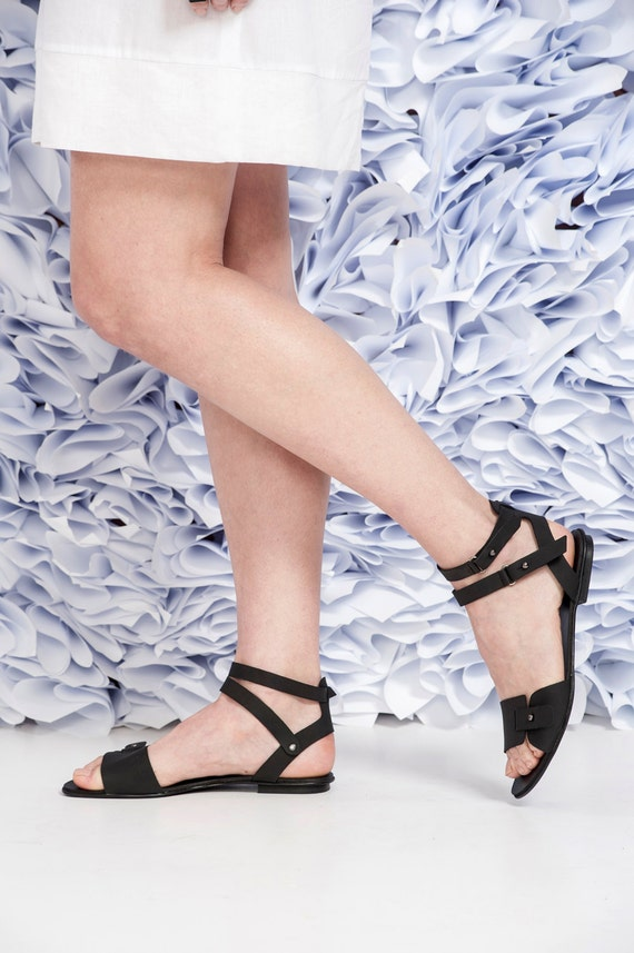 Open Toe Flat Shoes / Black Leather Sandals / Comfortable Shoes / Every Day Shoes / Ankle strap Shoes / Straps Sandals / Women Shoes - Tammy