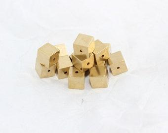 10 Pcs 10mm Raw Brass Cube Beads, Geometric, Rectangle, Pendant , Solid Brass Cube Beads, KA76