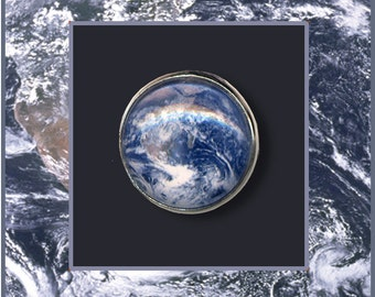 Planet Earth Brooch/Tie Pin