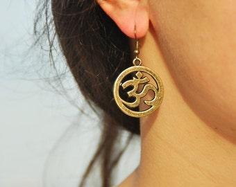 Om ohm earrings, Spiritual earrings, hippie earrings, ohm yoga earrings, buddhist earrings