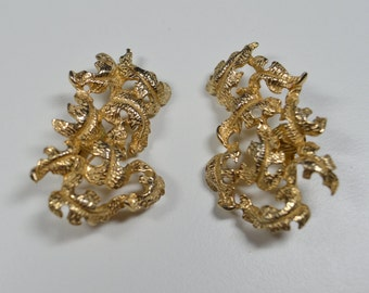 Vintage Signed Castlecliff Clip Earrings Large Goldtone Leaf Cluster Clip Earrings Castlecliff Earrings Signed Vintage Jewelry