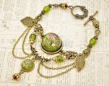 Moss Flower Resin Bracelet -  Terrarium Bracelet Olive Green Resin Dome Beaded Bracelet,  Eco-Friendly Resin Jewellery Steampunk Cosplay