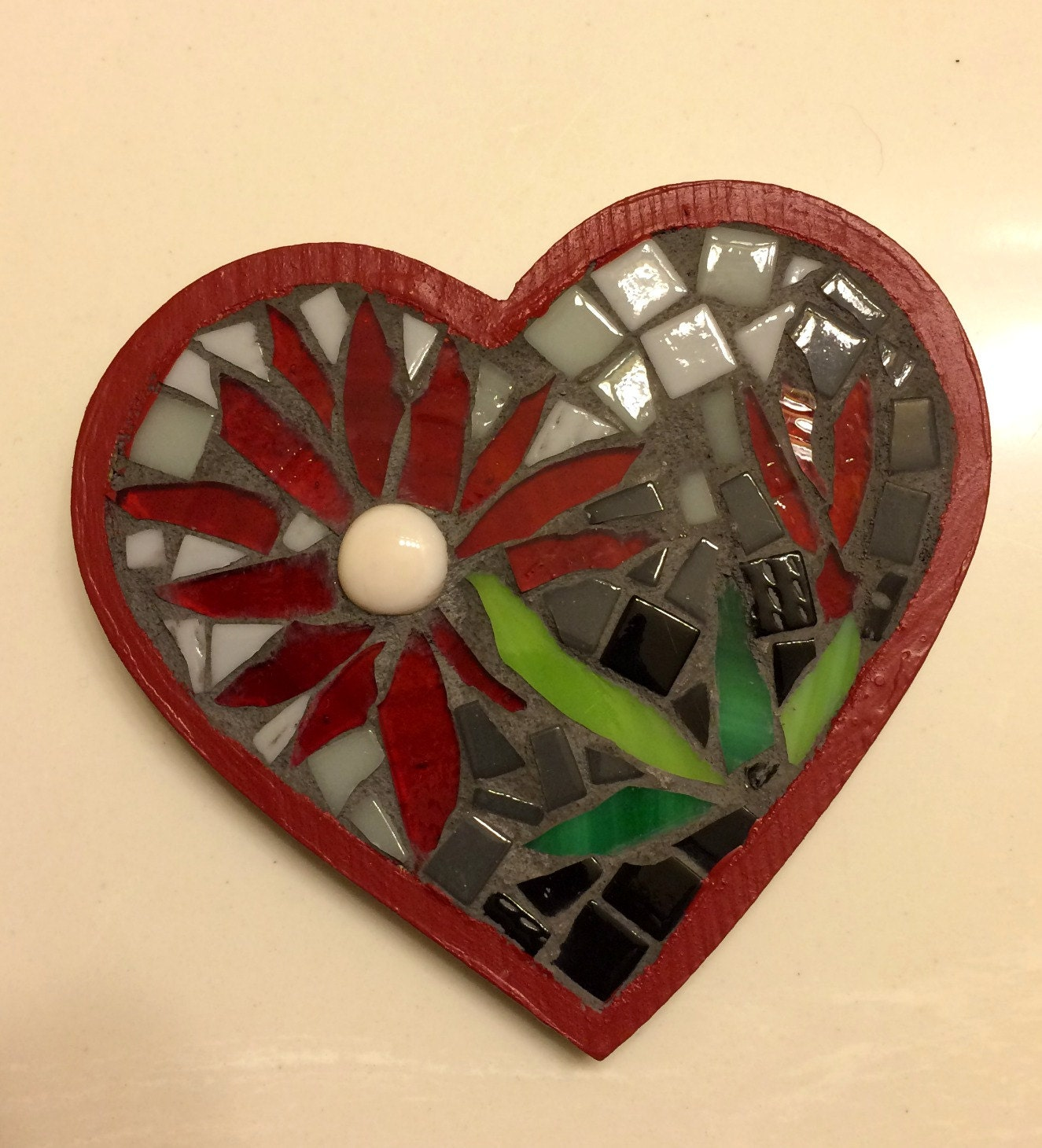 Red Mosaic Wall Decor : Red mosaic heart wall hanging with flowers fun