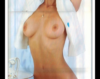 "Mature Playboy August 1976 : Playmate Centerfold Linda Beatty 3 Page Spread Photo Wall Art Decor 11"" x 23"""