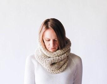 Chunky Knit Cowl Neckwarmer / THE KODIAK / Oatmeal
