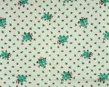 Green Roses, Print Fabric, Quilting Cotton, Small Rosebuds on Cream White, half yard, B8