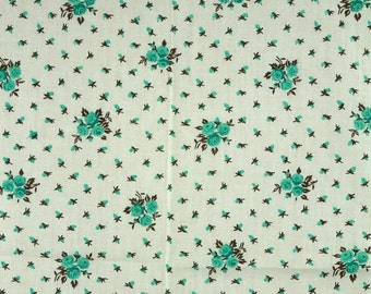 1 YARD, Green Roses Print, Quilting Cotton Fabric, Small Rosebuds on Cream White, B8