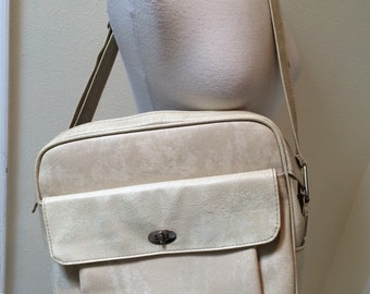 60's / 70's Creamy White Samsonite Carry On//Overnight//Shoulder Bag/Luggage