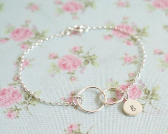 Personalised Interlocking Circles Bracelet, Linked Circles, Eternity Circles, Best Friend Jewellery, Gift for Sister, Childrens Initials