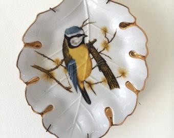 Decorative Plate / Wall Decor / Wall Hanging / Bird Art / Bird Plate / China Plate