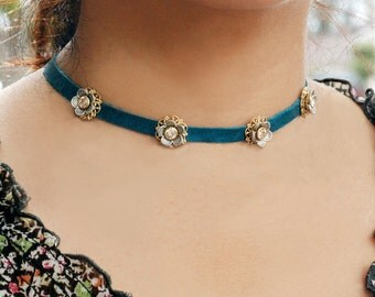 Flower Choker, Flower Necklace, Choker Necklace, Festival Necklace, Choker, Black Choker, Hippie, Gypsy Necklace, Flower Jewelry N1354