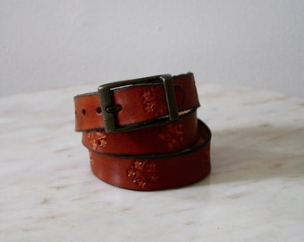 Belt Leather Skinny Star Brown Brass Buckle - XS Small Women's - 1980s Vintage
