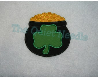 Embroidered Pot of Gold Applique Iron On or Sew-able Patch * St. Patrick's Day * 3 SIZES