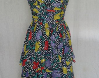 Vintage dress by Simon Ellis  of London vintage dress net under skirt size UK 10 12