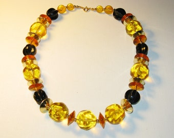 Vintage Chunky Amber and Black Lucite Necklace (N-1-2)