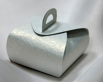 50 Wedding bonbonniere - Set of 50 Wedding Favor Candy Box - White textured shimmered cardboard