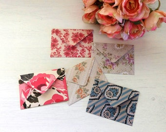 Handmade envelopes and greeting cards — set of 5