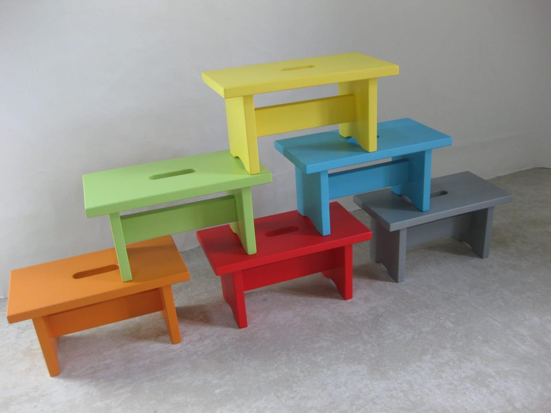 petit banc en bois avec poign e par lartelierdeco sur etsy. Black Bedroom Furniture Sets. Home Design Ideas