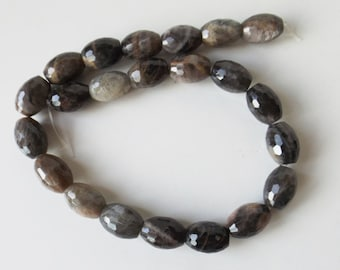 "Natural Cat's Eye 18x12 mm faceted  beads  15"" strand ( #J1301)"
