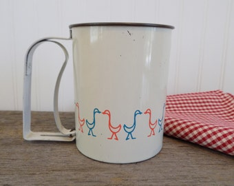 Androck Sifter, Vintage Sifter, Sifter with Duck design, Vintage Kitchen