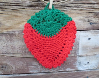 Strawberry Hot Pad - Crochet Hot Pad - Vintage Crochet - Strawberry Kitchen - Crochet Trivet - Strawberry Trivet - Vintage Kitchen