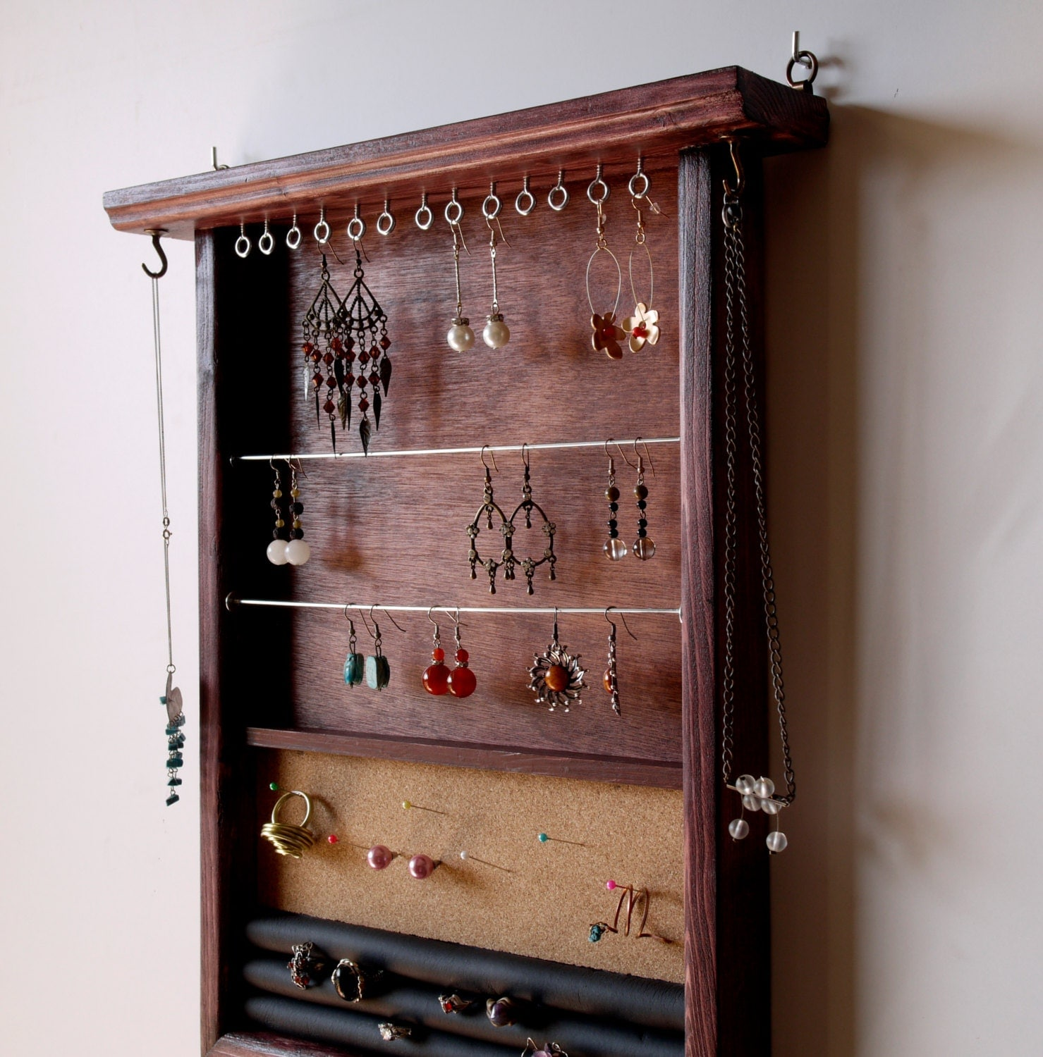 jewelry organizer earring holder wooden display mahogany. Black Bedroom Furniture Sets. Home Design Ideas