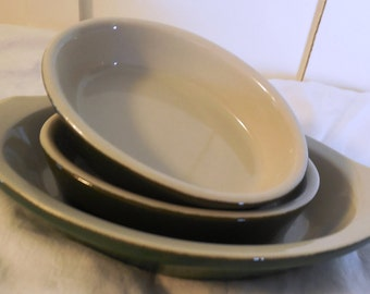 Hall Baking Dishes, 3 1980s Signed Au Gratin and Casserole Baking Dishes, Forest Green and Ivory Baking Dishes, Signed Hall Ceramics