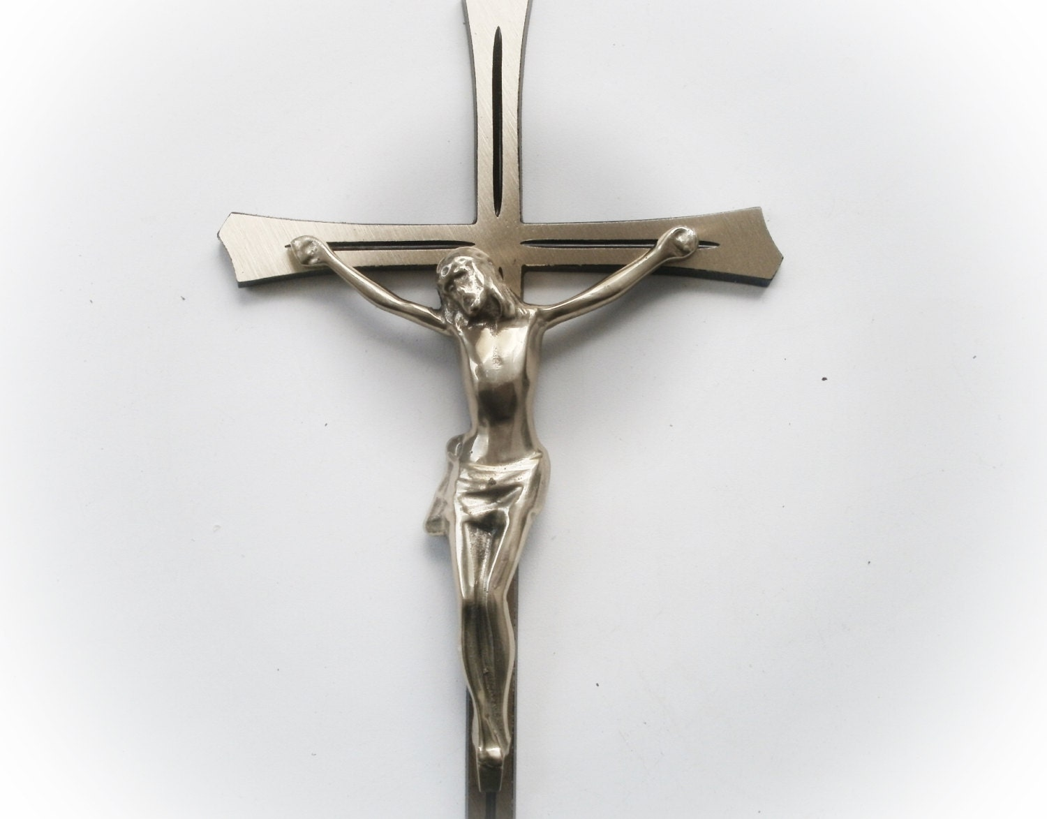 Brass wall crucifix large wall cross 3d wall art brass wall for Brass wall art