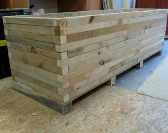 Planter,indoor planter,outdoor planter,pallet planter,garden planter,vegetable planter,rustic planter,window box,window planter SIZE SMALL