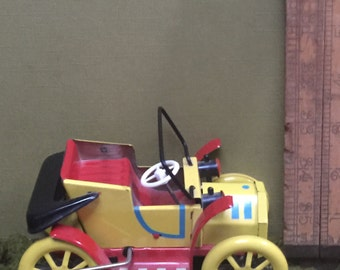 Vintage Tin Toy Litho Tin Toy Car....for Noddy, Noddy car!!