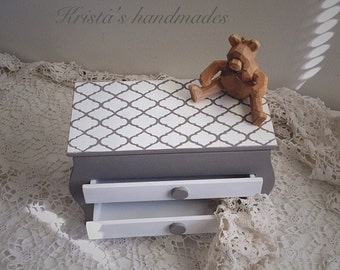 Grey painted trinket box with 2 drawers