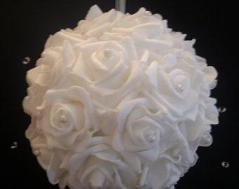 White Kissing Balls, Ivory Rose Hanging Kissing Ball, Rose Kissing Ball, White Wedding Pomander Ball, Flower Girl Kissing Ball, Wedding, 2pc