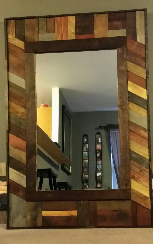miroir bois de palettes recycl es. Black Bedroom Furniture Sets. Home Design Ideas